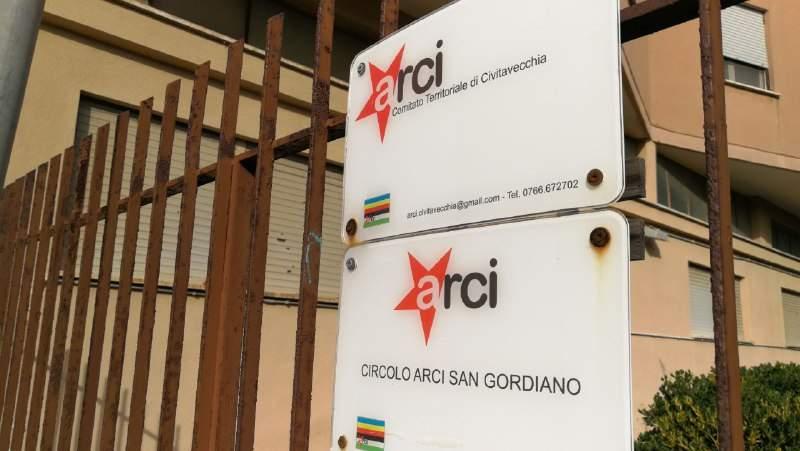 Santa Marinella, convegno Arci sull'immigrazione giovedì in biblioteca