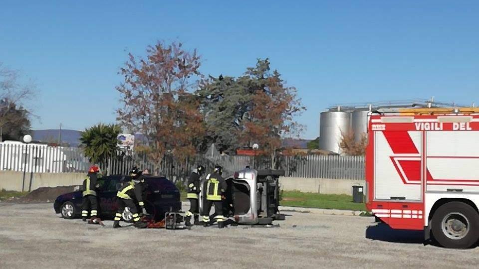 Incidente a Marina di Cerveteri: quattro feriti e traffico in tilt
