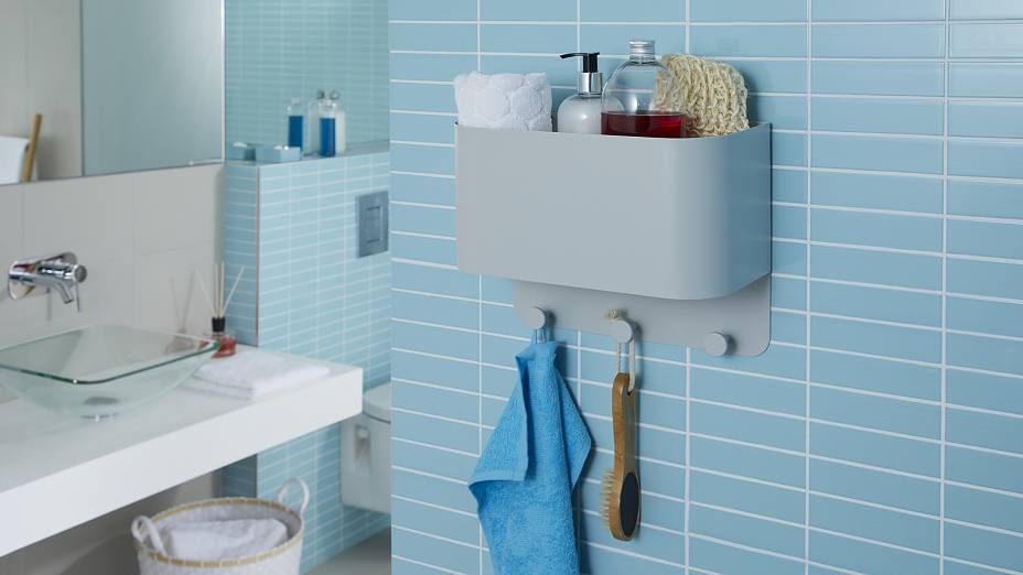 etagere de salle de bain fixation