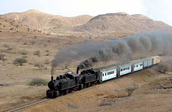 eritrea_steam_train2