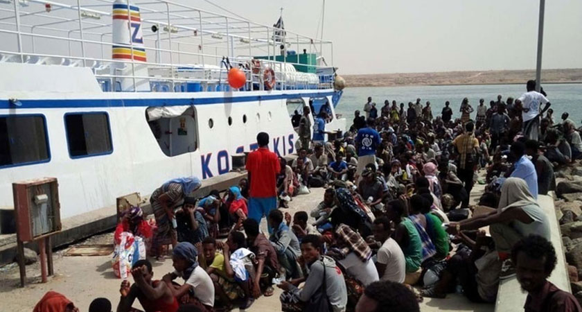 Hundreds of Ethiopian Migrants Evacuated from War-torn Yemen