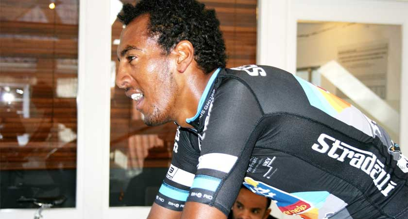 """""""I Want to Show My Talent"""" – Eritrean Amanuel Mengis Takes on His 2nd Season With BIKE AID"""