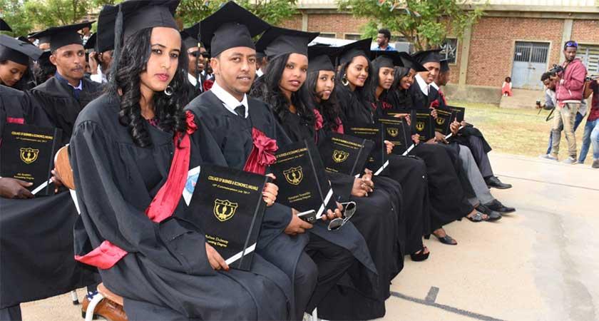 Eritrea: Higher Education Institutions Graduate 30,000 Students