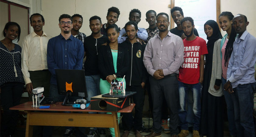 Eritrean Engineering Students Create a Low Cost, Low Power Computer