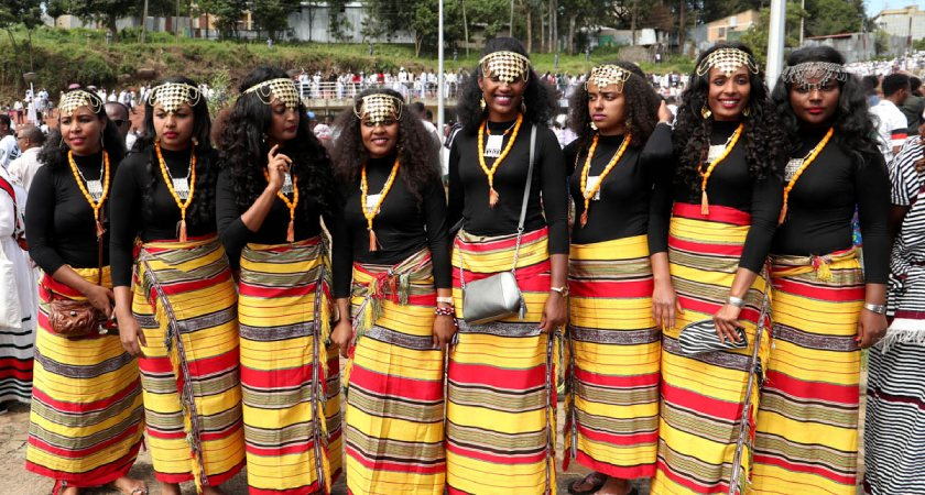 Thousands of Oromos, Ethiopia's largest ethnic group, have celebrated the Irreecha festival in the capital Addis Ababa for the first time in 150 years.