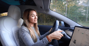 Like Tesla Kim toggling between Drive and Reverse