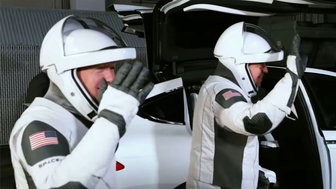 Tesla, SpaceX confirm that Model X will be the official astronauts' tour
