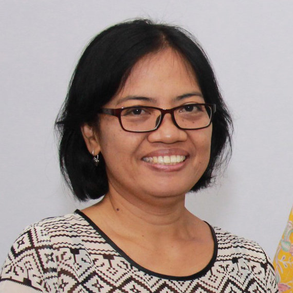 Komang CertTESOL Bali Trainer