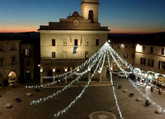 montefalco_natale-2017-1-650x445-copertina
