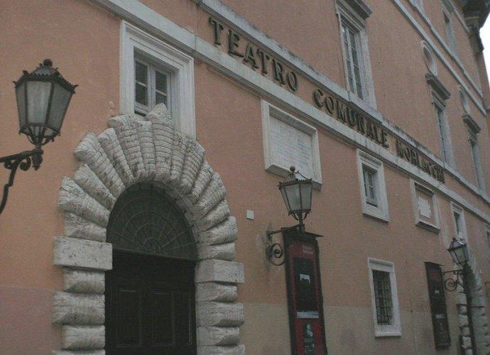 Teatro Morlacchi - Foto presa da Wikipedia