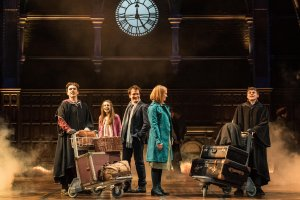 Harry Potter and the Cursed Child : Retour sur le quai 9 3/4 !