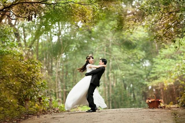 groom and bride wedding