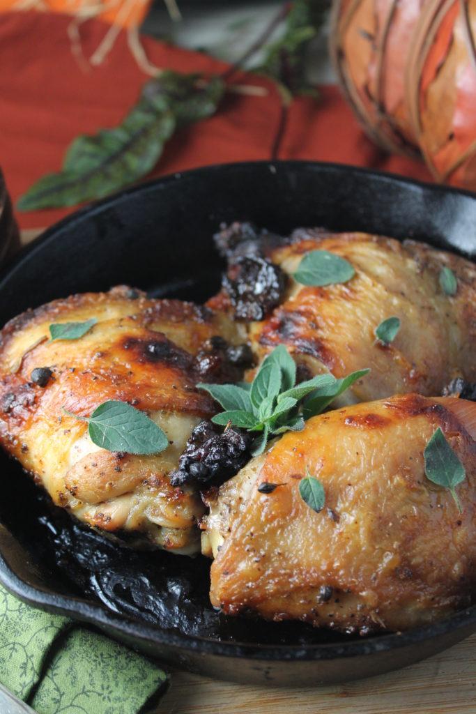 Paleo | Whole 30 Chicken Marbella