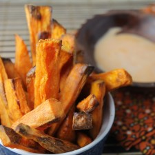 Crispy Paleo Oven Baked Sweet Potato Fries