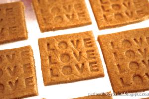 Gluten Free Vegan Wheat Thin CopyCat