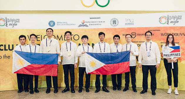 Team Philippines at their sendoff at UP-Diliman