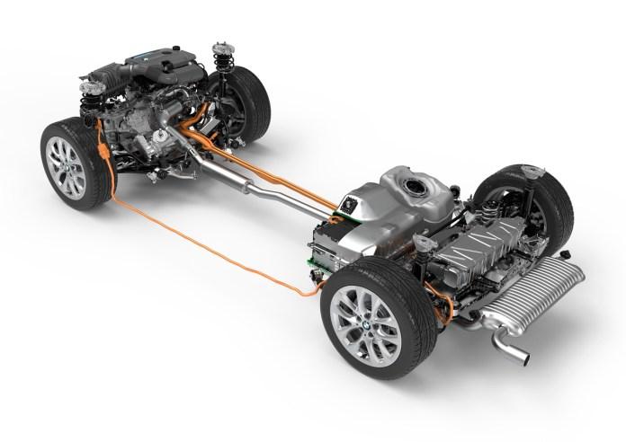 BMW 225xe, Antriebsstrang und Motor F45 006