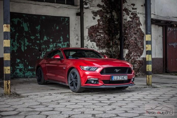 Ford Mustang GT 5.0 Ti-VCT V8 421 KM fot. Piotr Majka (4)