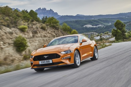 FORD_2017_MUSTANG_27