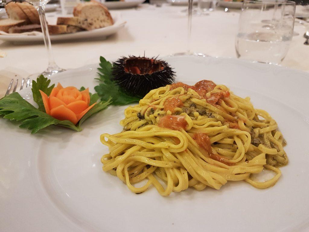 Rinaldi Al Quirinale - top fish restaurant in Rome where the stars dine, and where the best Cristal champagne will cost you €60,000