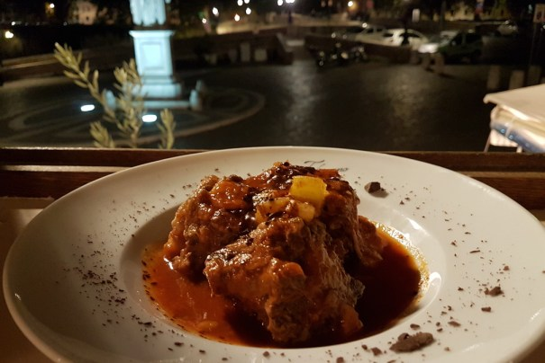 Tiberino Ristorante makes the most of Tiber Island magic in Rome