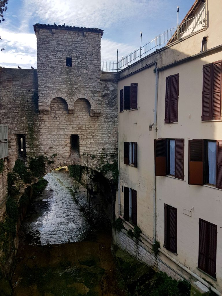 Best things to do in Umbria, Italy: try a delicious Gubbio Food Experience featuring the best restaurants in Gubbio #italy #umbria #gubbio