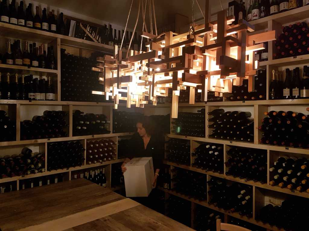 Rimessa Roscioli offers English language wine tastings in Rome and exceptional Italian food in the heart of Rome, Italy.
