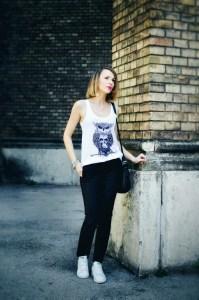 blackwhite_skull_top_tshirt
