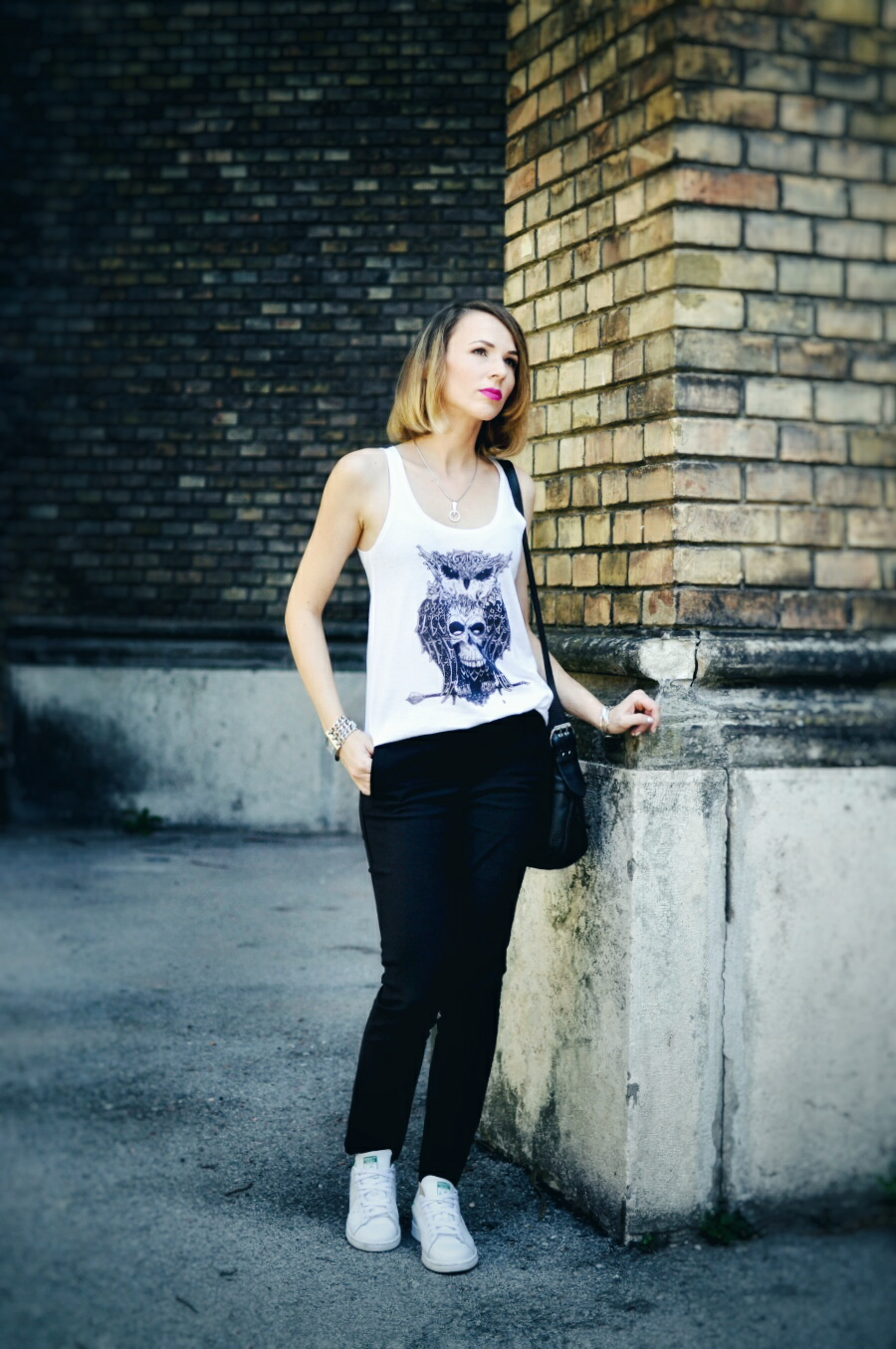 blackwhite_skull_top_tshirt