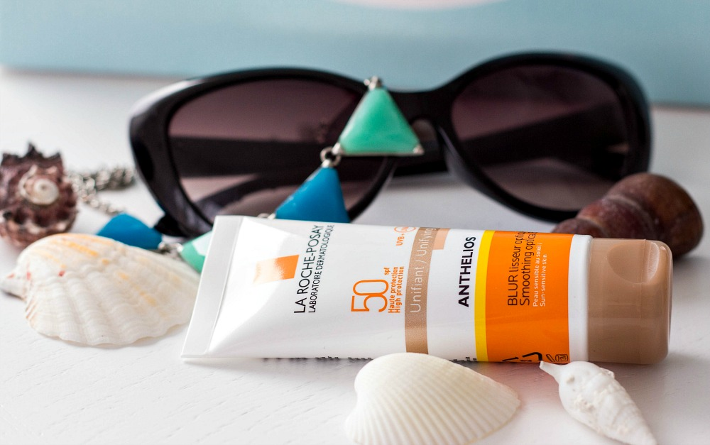 AntheliosSPF50_Smoothing_Optical_Blur_Unifying_Review