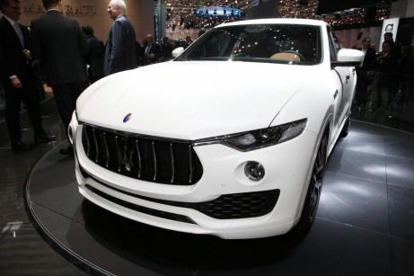 Maserati_Levante_2016_2
