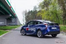 Nowa Toyota Prius PREMIUM 1.8 Hybrid 122 KM-E CVT fot. Jakub Baltyn (34)