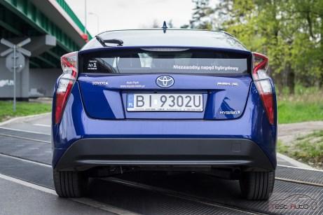 Nowa Toyota Prius PREMIUM 1.8 Hybrid 122 KM-E CVT fot. Jakub Baltyn (41)