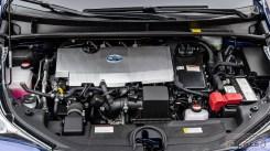 Nowa Toyota Prius PREMIUM 1.8 Hybrid 122 KM-E CVT fot. Jakub Baltyn (44)