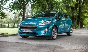 Ford Fiesta tło