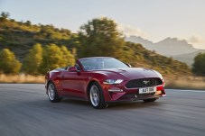 FORD_2017_MUSTANG_02