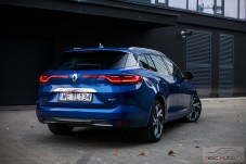 Renault Megane Grandtour ETech fot. Piotr Majka (38)