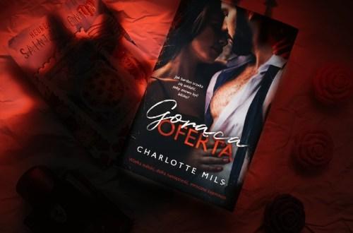 Gorąca oferta - Charlotte Mills