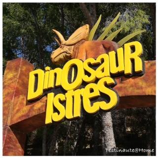 Entrée du parc Dinosaur'Istres