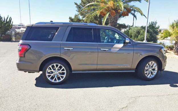 2019 Ford Expedition Platinum 4×4 Test Drive ...
