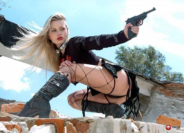 garotas-armadas8