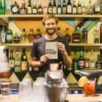 Conheça o bar australiano onde você enche a cara e ajuda a humanidade ao mesmo tempo
