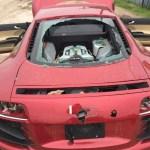 Mulher descobre traição e destrói Audi R8