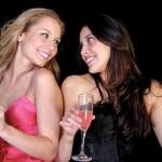 Um drink pode te deixar mais atraente, diz estudo