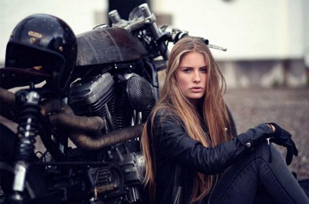 mulher-moto
