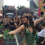 Alessandra Negrini ataca novamente e declaramos oficialmente aberto o Carnaval