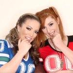 Atrizes pornô prometem boquete para seguidores caso o Patriots vença o Super Bowl