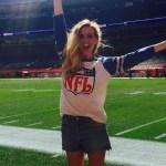 Lindas mulheres famosas que também acompanham a NFL