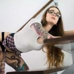 As fotos da Suicide Girl Liya vão ajudar você a aguentar essa semana difícil