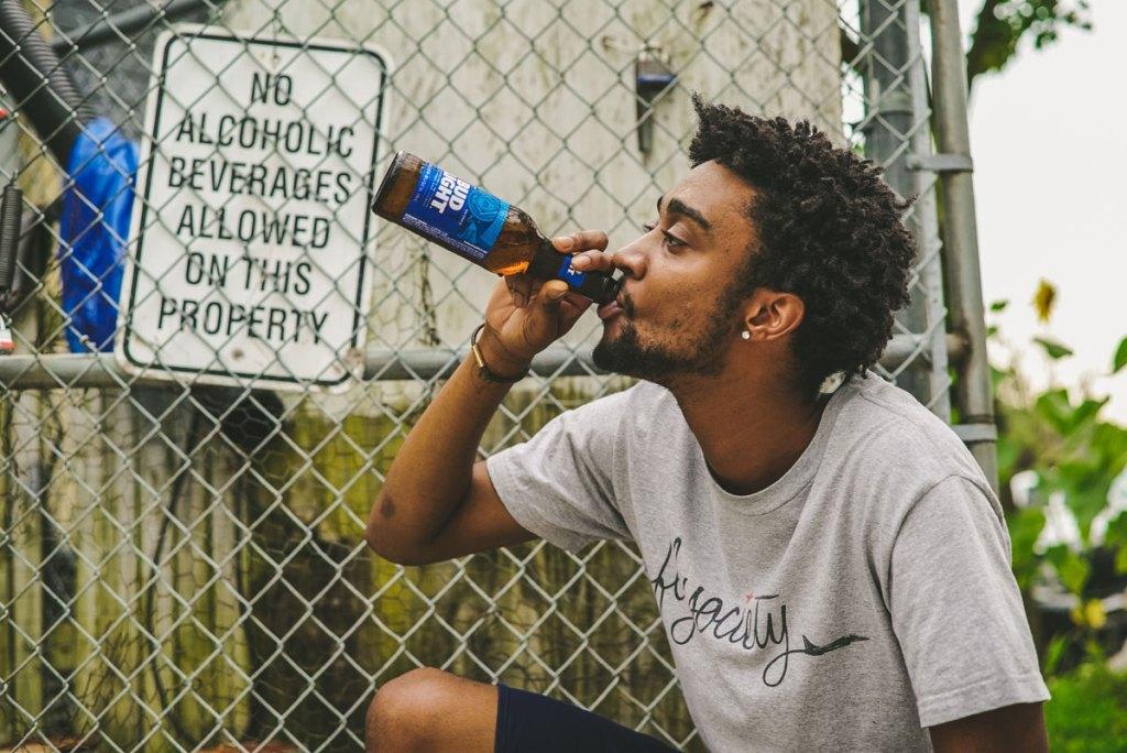 bebendo muito